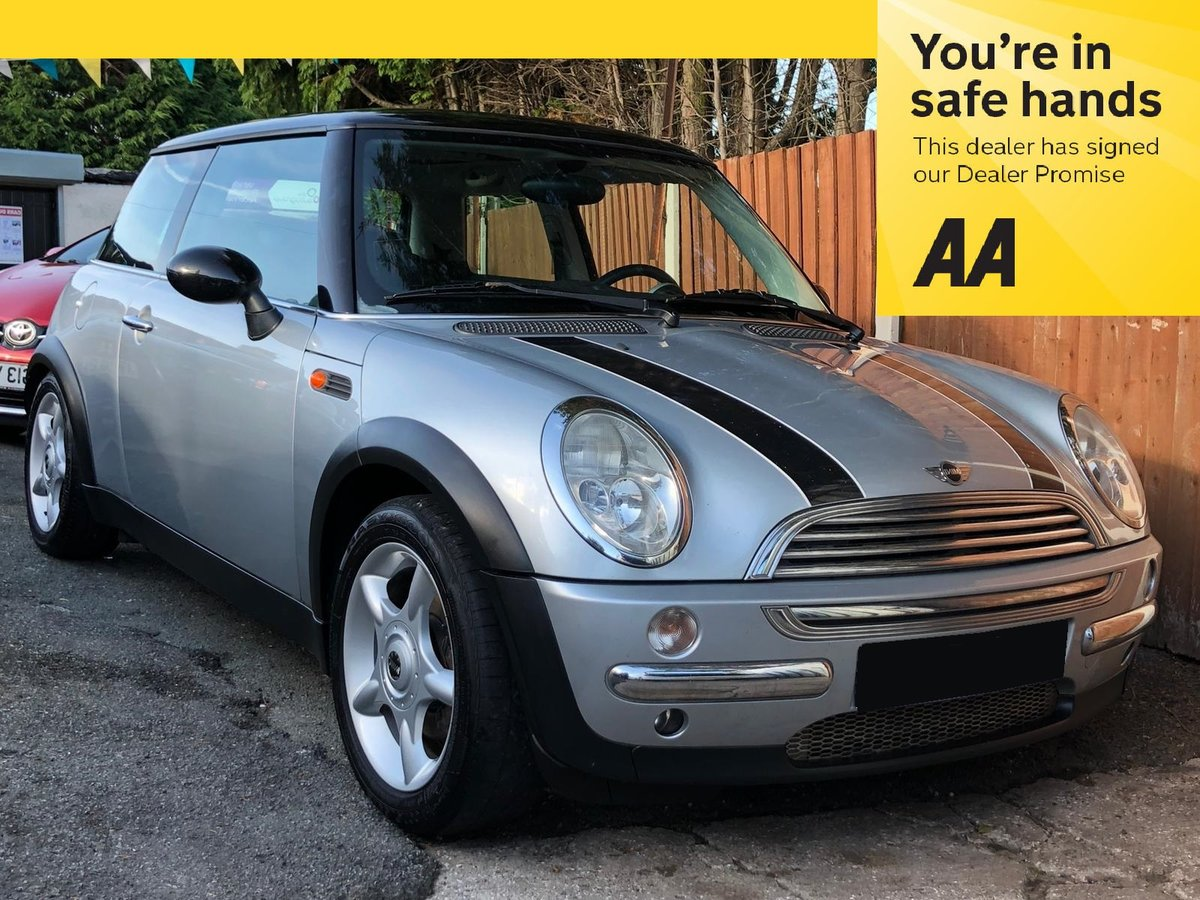 2003 Mini Cooper 1.6 - 2 Lady Owners - Panoramic Roof For Sale (picture 1 of 6)