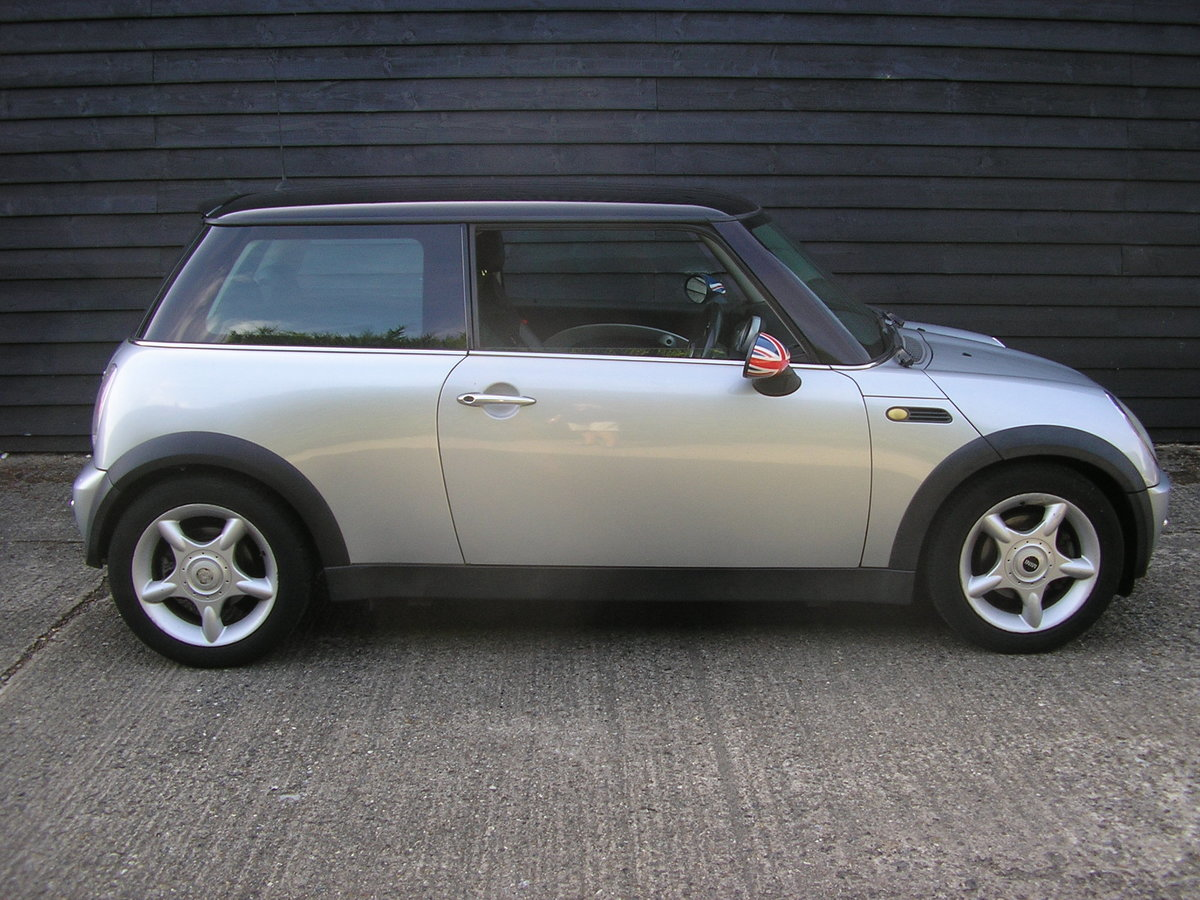 """2002 """"Superb Cooper 1.6 Chili Full History and interesting owner. For Sale (picture 1 of 6)"""