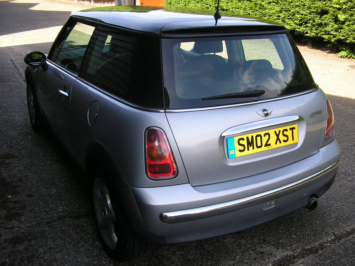 """2002 """"Superb Cooper 1.6 Chili Full History and interesting owner. For Sale (picture 4 of 6)"""