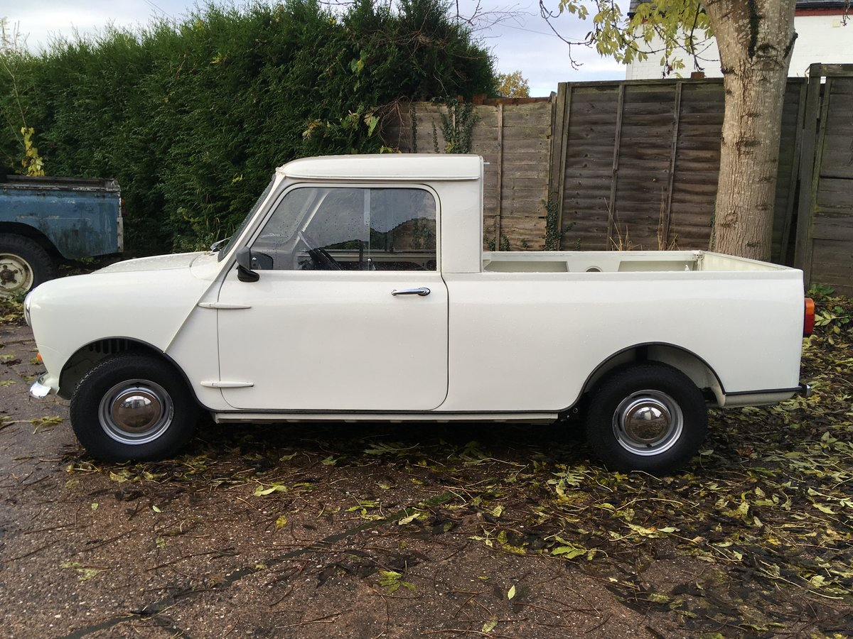 1980 Mini 850cc Pickup Restored in 2019 For Sale (picture 2 of 6)