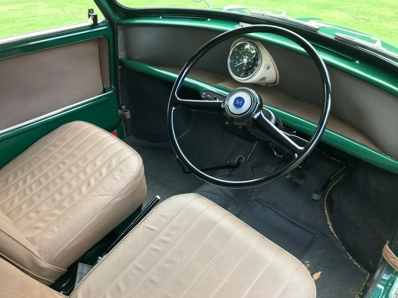 1969 MORRIS MINI VAN GREEN 17K STUNNING CONCOURS WINNER!!! For Sale (picture 6 of 6)
