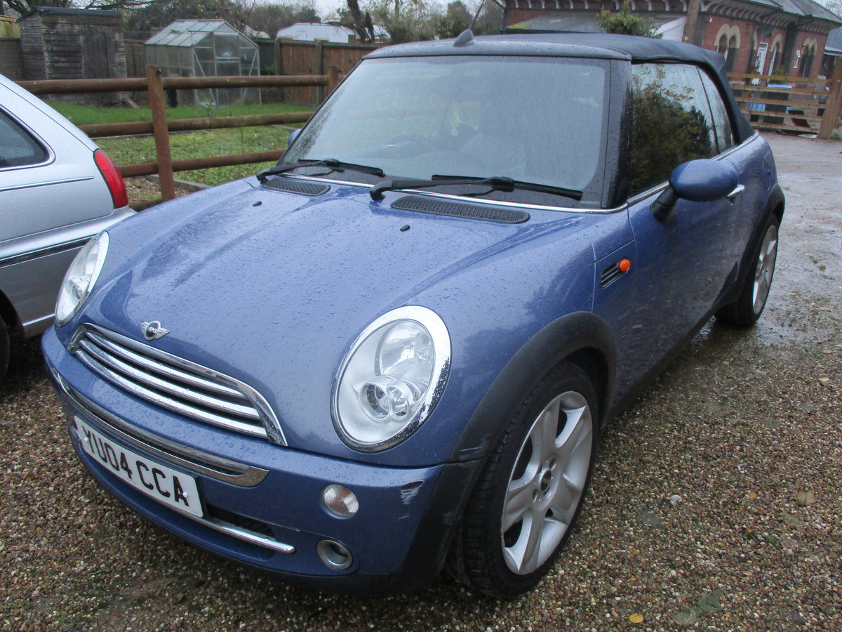 2004 SOUND DRIVER THIS COVERTBLE MINI  ROOF WORKING WELL MAY MOT For Sale (picture 1 of 6)