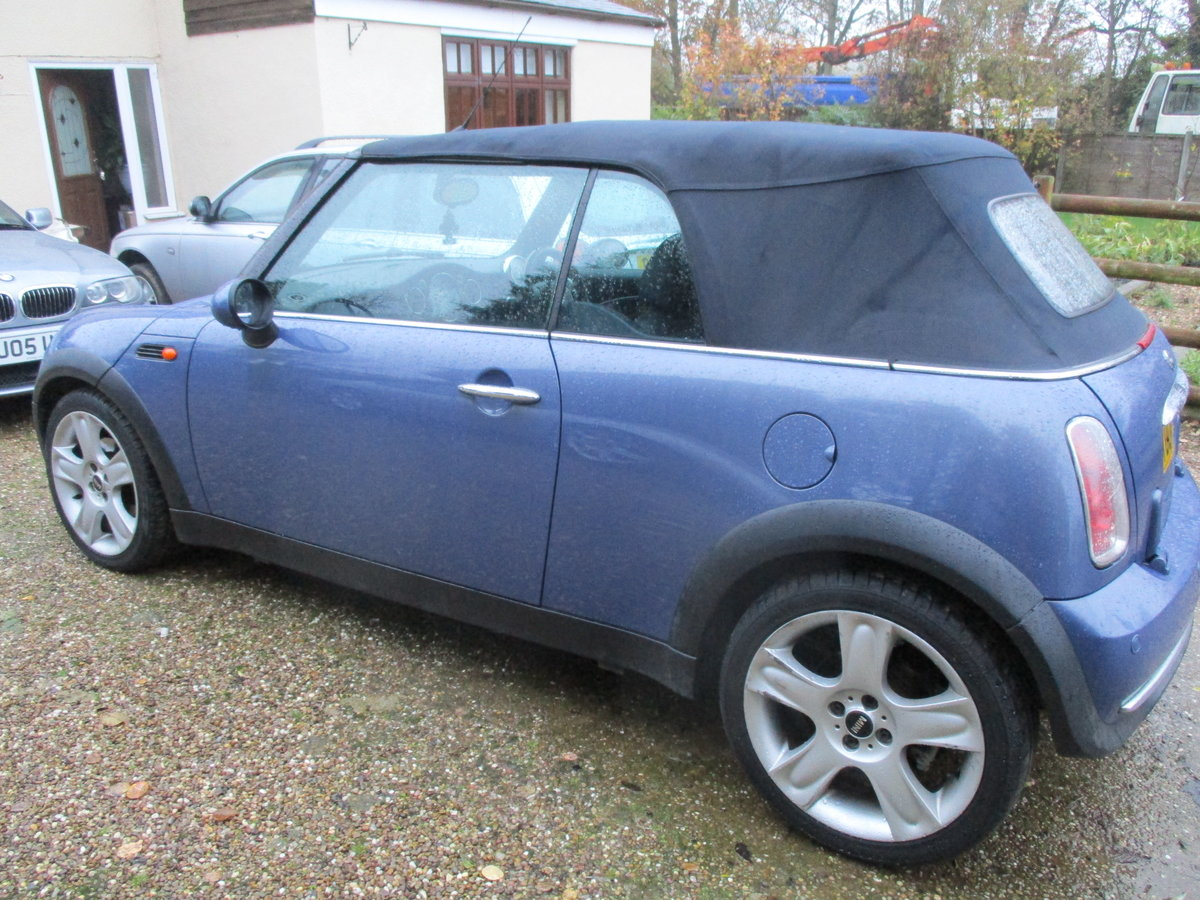 2004 SOUND DRIVER THIS COVERTBLE MINI  ROOF WORKING WELL MAY MOT For Sale (picture 3 of 6)
