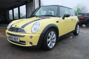 Picture of 2005 MINI HATCH 1.6 COOPER 3DR YELLOW SOLD