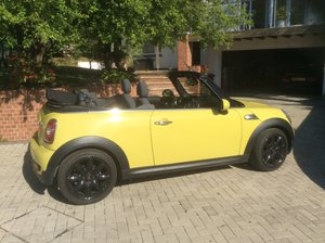 2010 Mini Cooper S Cabriolet. Chili Spec.