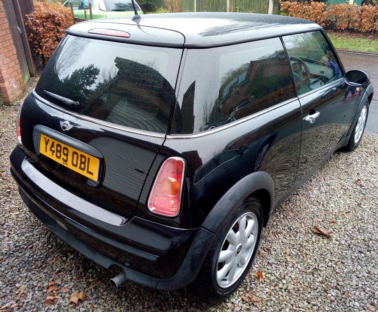 Y Reg (2001) Very Early Production Mini. OBL Plate For Sale (picture 4 of 6)