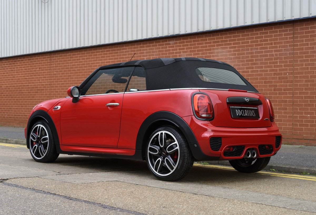 2019 Mini John Cooper Works Cabriolet (LHD) For Sale (picture 4 of 23)