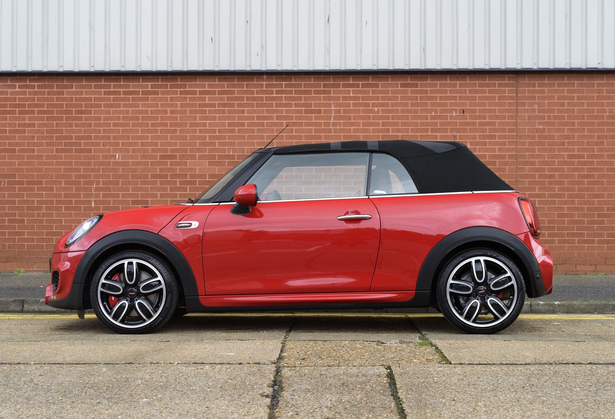 2019 Mini John Cooper Works Cabriolet (LHD) For Sale (picture 6 of 23)