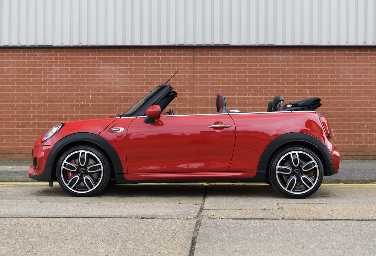 2019 Mini John Cooper Works Cabriolet (LHD) For Sale (picture 7 of 23)