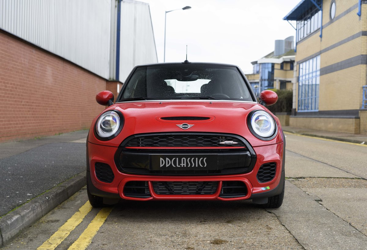 2019 Mini John Cooper Works Cabriolet (LHD) For Sale (picture 8 of 23)