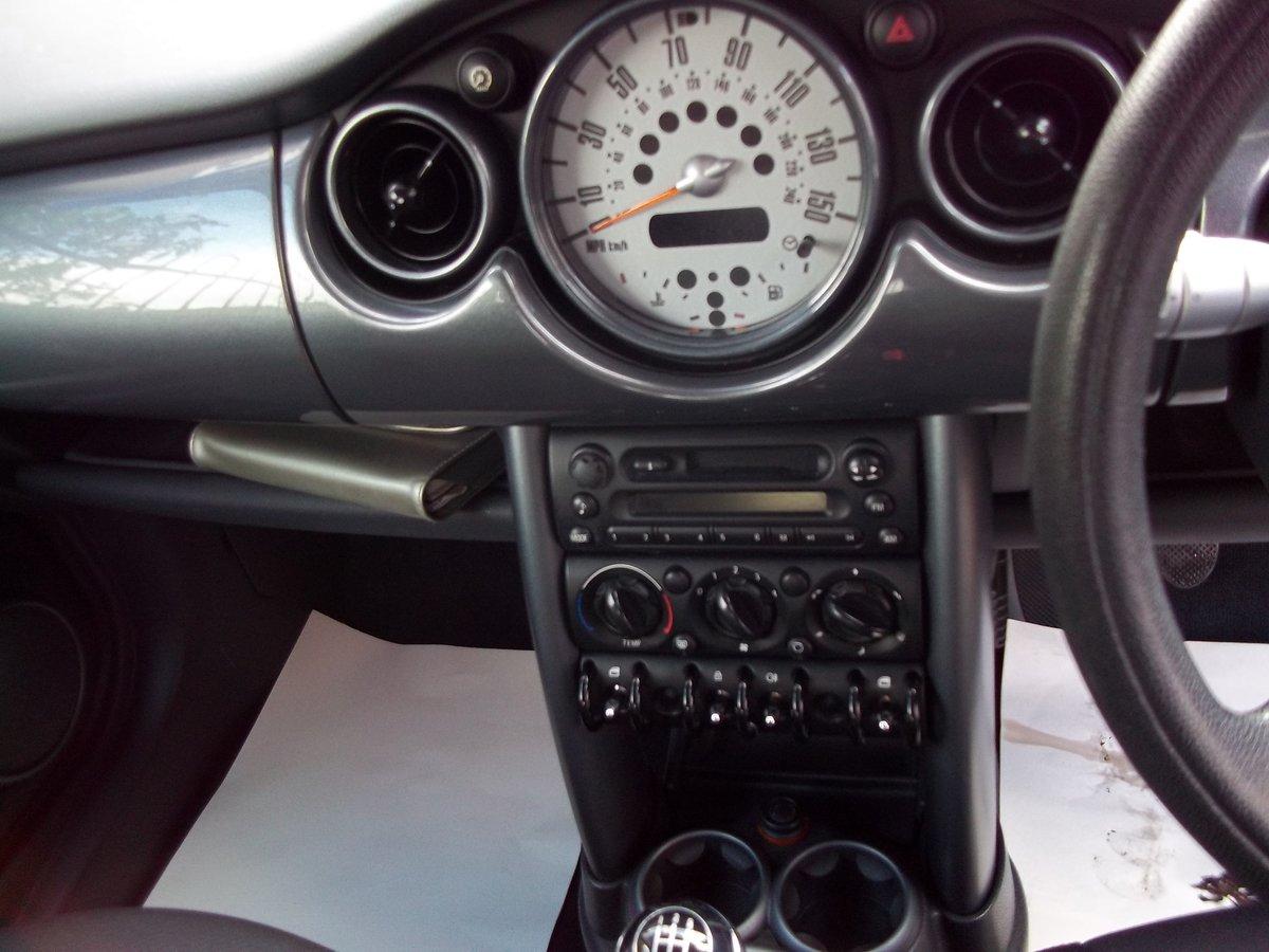 2005 Mini Cooper  1.6 For Sale (picture 5 of 5)