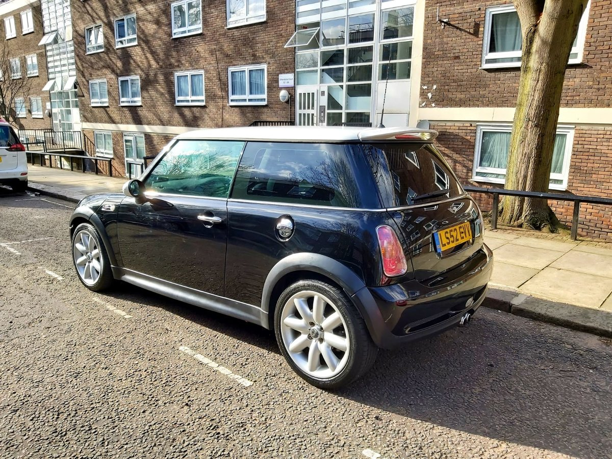 2002 Mini Cooper S low mileage genuine future classic For Sale (picture 2 of 5)