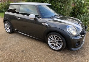 2012 Mini Cooper S Auto Chili/Media/JCW Sport Pack