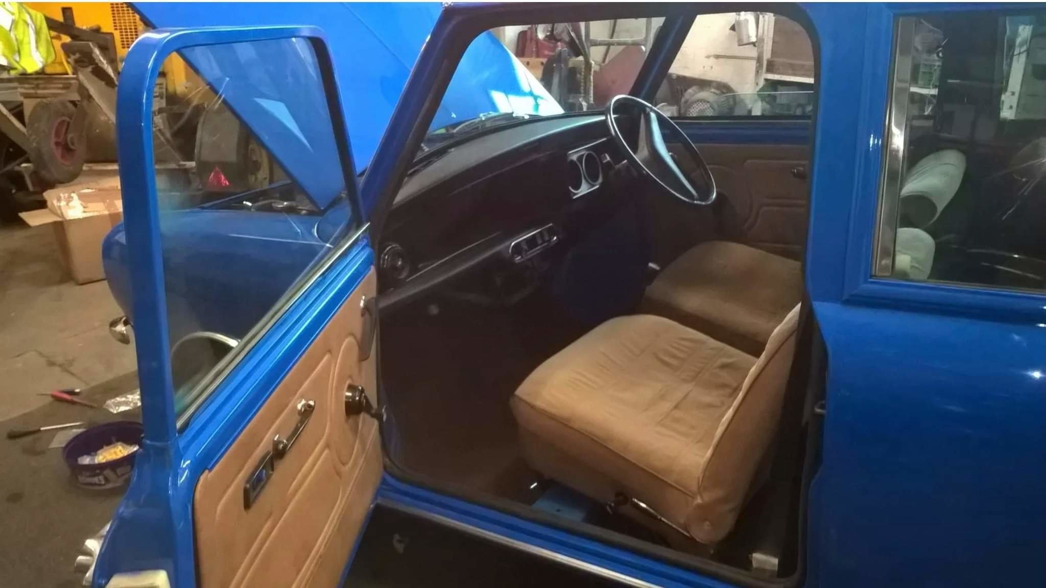 1976 MINI CLUBMAN ESTATE  For Sale (picture 3 of 3)