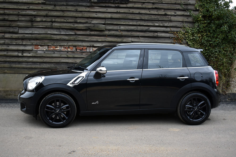 2011 MINI Countryman 1.6 Cooper S Auto All4 FSH+£4.5k of Extras For Sale (picture 2 of 6)