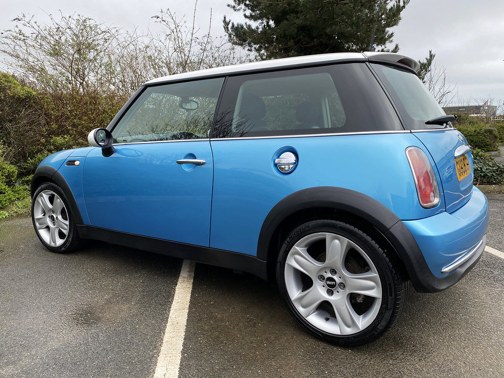 2005 Mini Cooper - with just 57,000 miles For Sale (picture 4 of 6)