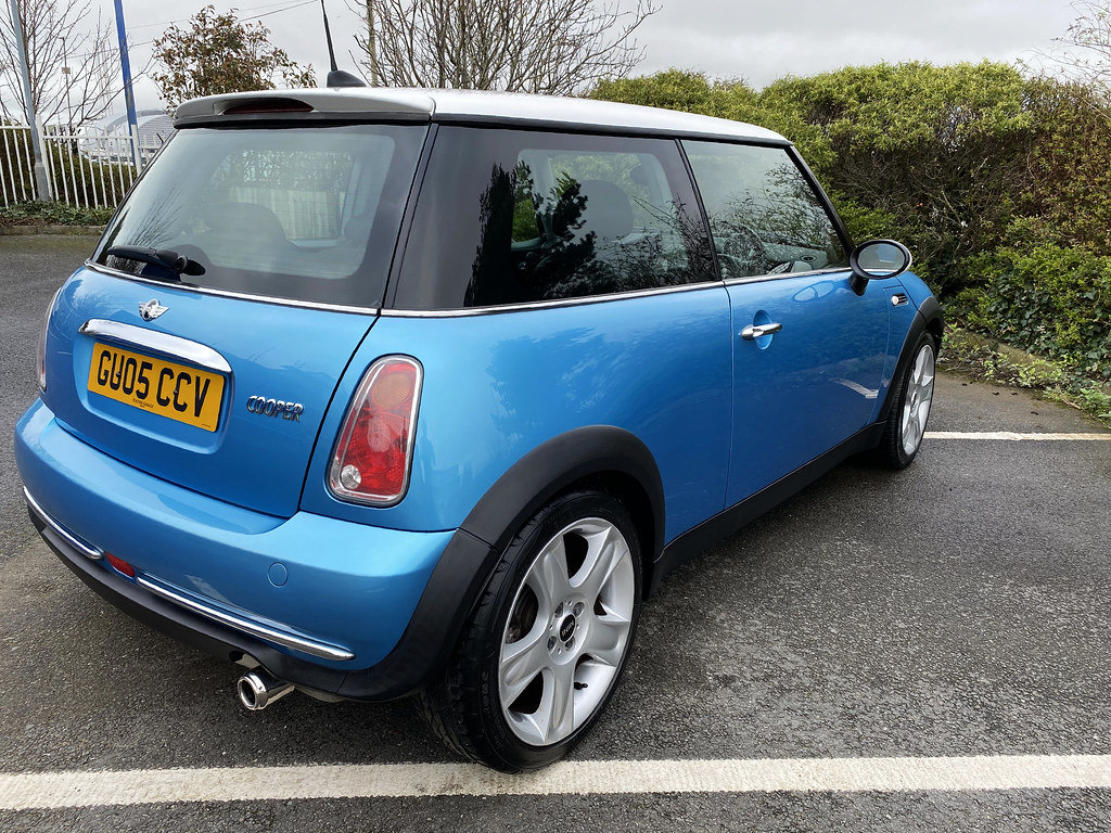 2005 Mini Cooper - with just 57,000 miles For Sale (picture 5 of 6)