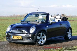 2006 Mini Cooper S Convertible nicely executed