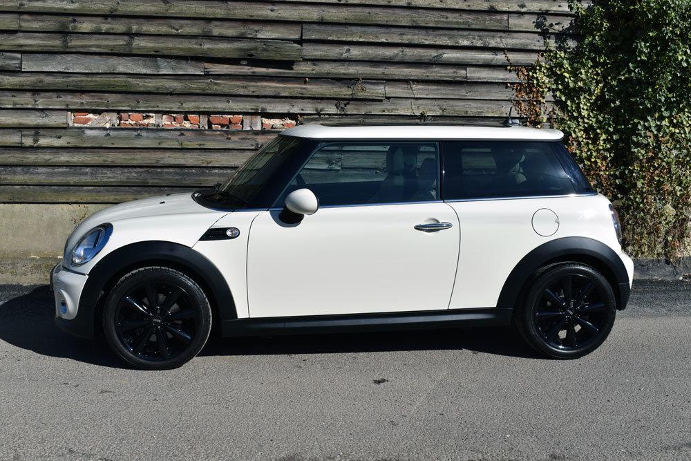 2011 Mini 1.6 Cooper Auto (61) Low Mileage+FSH+Chili+£7.5k Extras For Sale (picture 2 of 6)