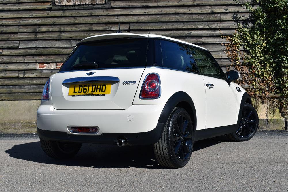 2011 Mini 1.6 Cooper Auto (61) Low Mileage+FSH+Chili+£7.5k Extras For Sale (picture 3 of 6)