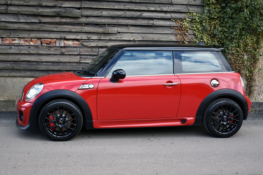 2012 Mini 1.6 John Cooper Works Chili Pack Low Mileage+FSH For Sale (picture 2 of 6)