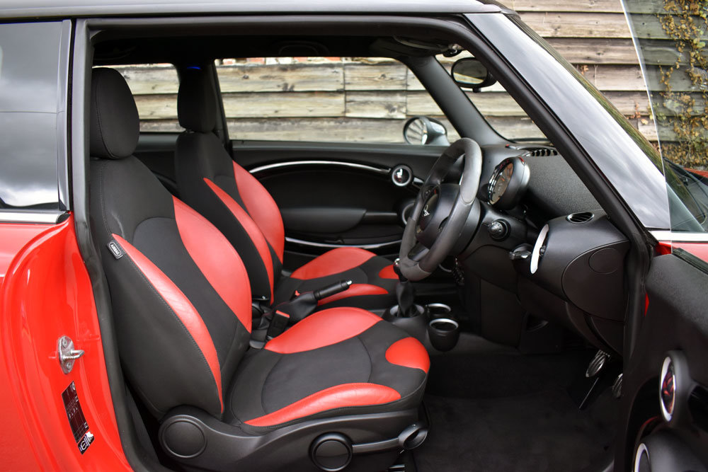 2012 Mini 1.6 John Cooper Works Chili Pack Low Mileage+FSH For Sale (picture 5 of 6)