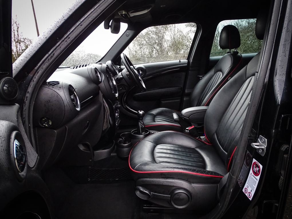 2013 MINI  COUNTRYMAN  1.6 JOHN COOPER WORKS ALL4 JCW  11,948 For Sale (picture 3 of 20)