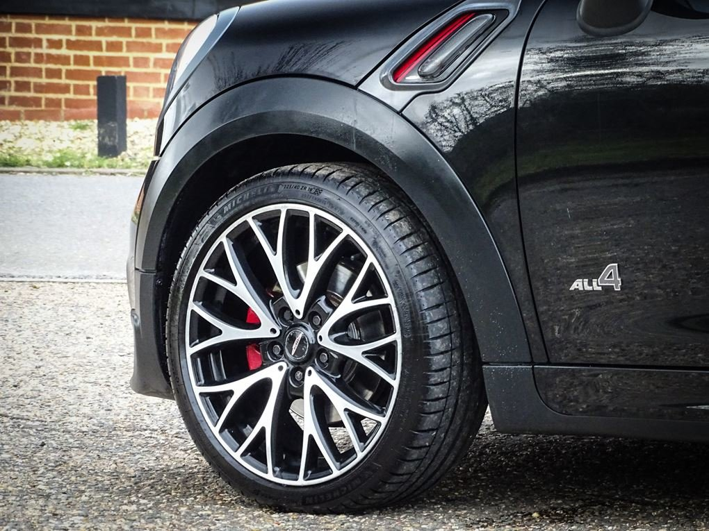 2013 MINI  COUNTRYMAN  1.6 JOHN COOPER WORKS ALL4 JCW  11,948 For Sale (picture 5 of 20)