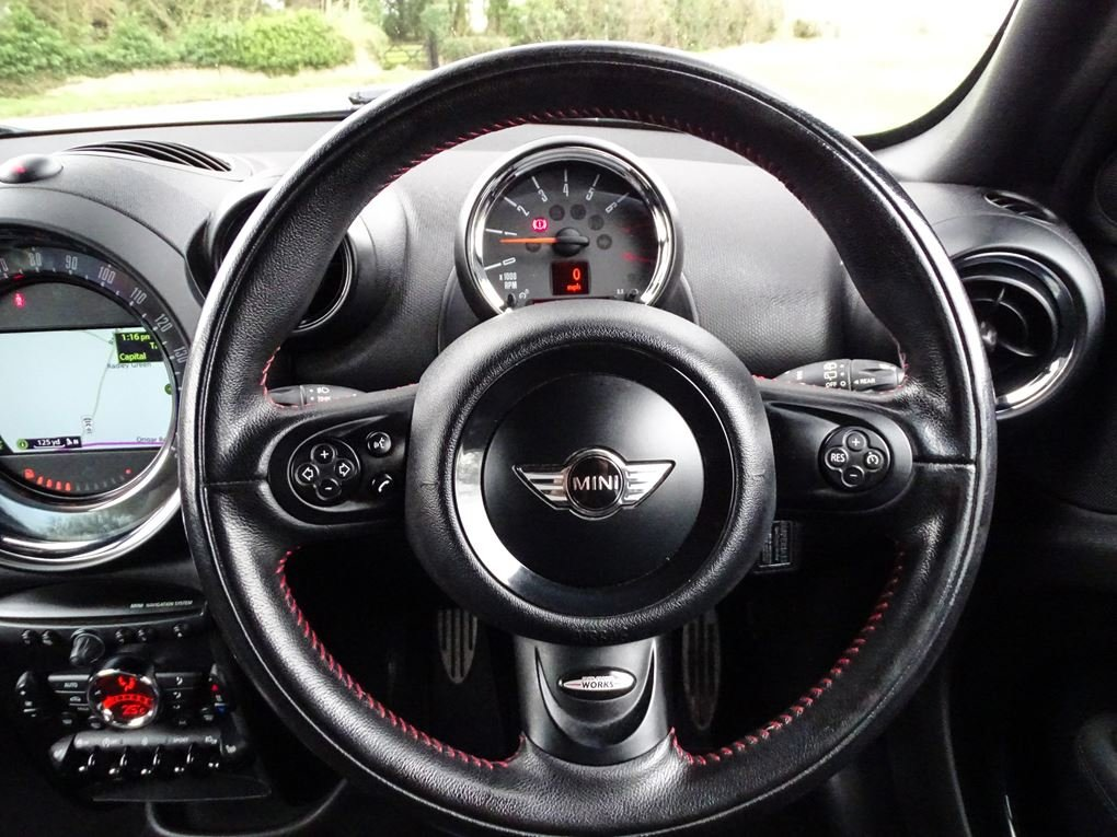 2013 MINI  COUNTRYMAN  1.6 JOHN COOPER WORKS ALL4 JCW  11,948 For Sale (picture 7 of 20)