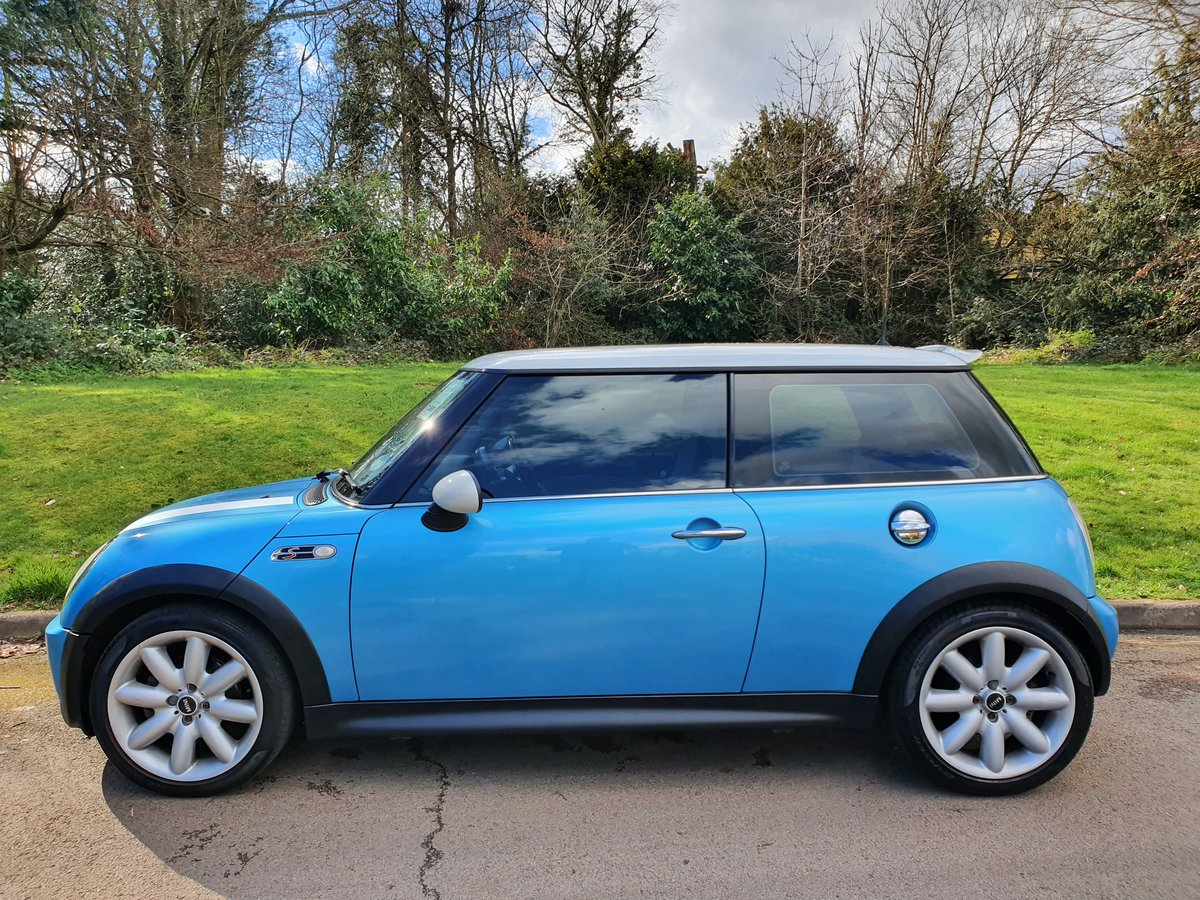 2004 Mini Cooper S.. R53.. Low Miles + Lovely Original Example SOLD (picture 1 of 6)