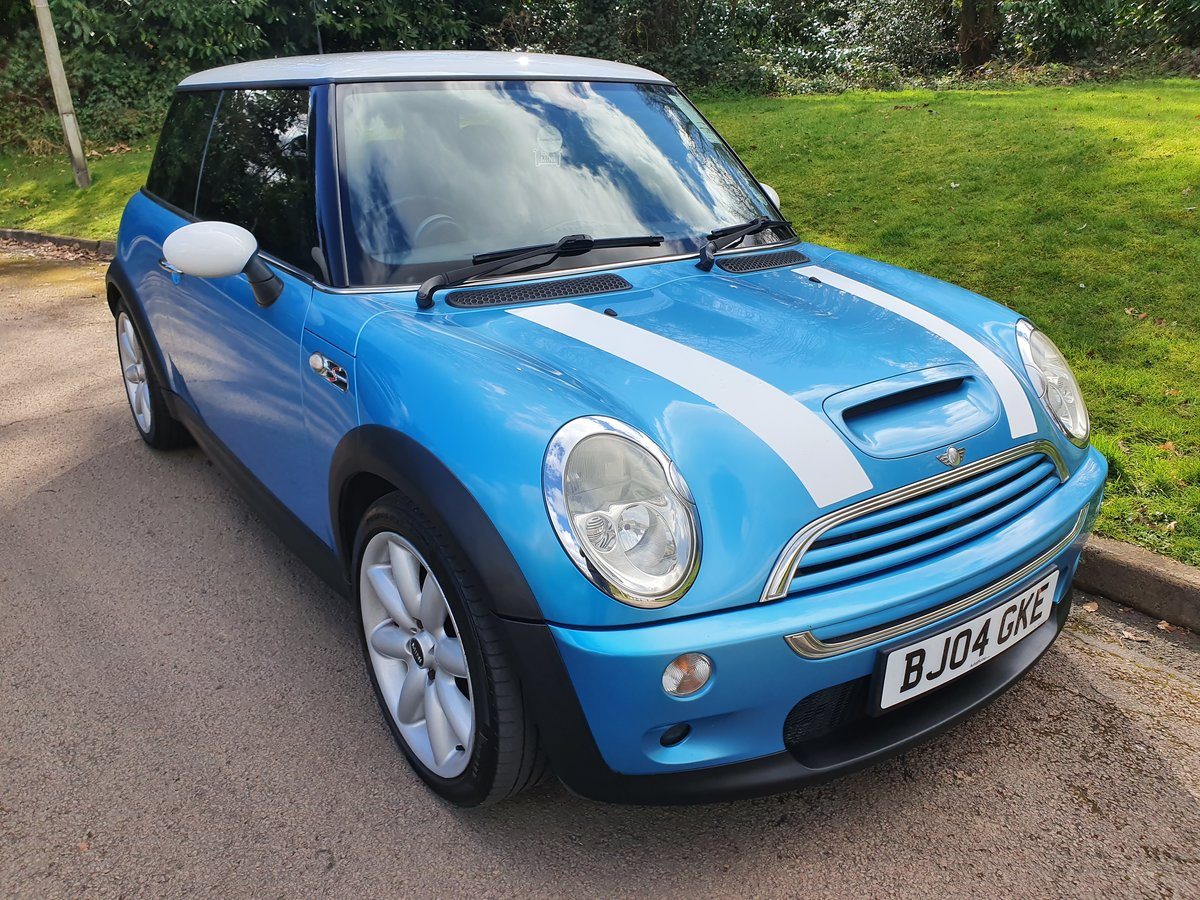 2004 Mini Cooper S.. R53.. Low Miles + Lovely Original Example SOLD (picture 2 of 6)