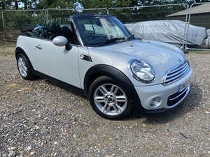 Picture of 2013 Mini Cooper AUTOMATIC Petrol  41k miles FSH High Specificati