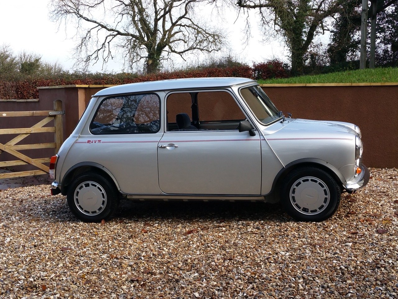 1992 'Time Warp' Mini Ritz On Just 3820 Miles From New SOLD (picture 2 of 10)