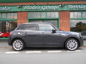 Picture of 2019 Mini Coopers S Exclusive  SOLD