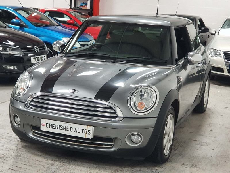 2009 SILVER MINI HATCH 1.4 ONE GRAPHITE* GEN 30,000 MILES*GREAT For Sale (picture 1 of 6)