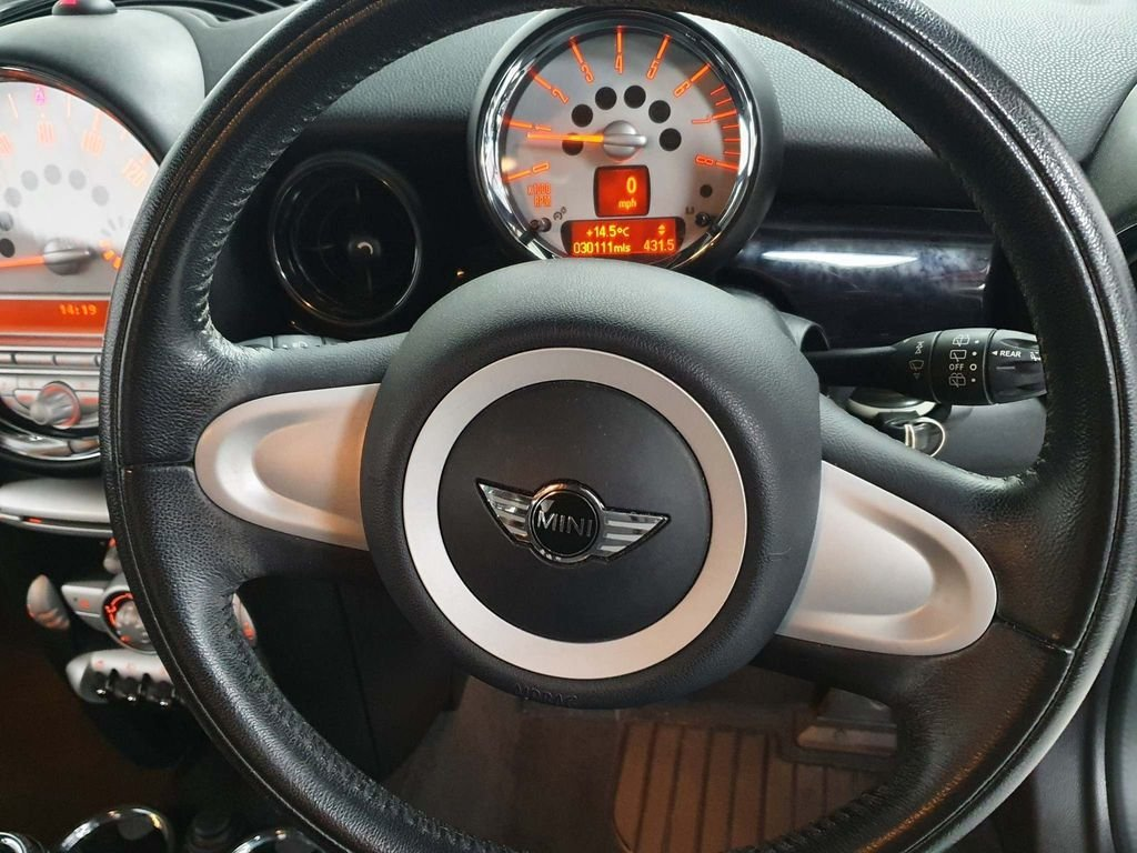 2009 SILVER MINI HATCH 1.4 ONE GRAPHITE* GEN 30,000 MILES*GREAT For Sale (picture 5 of 6)