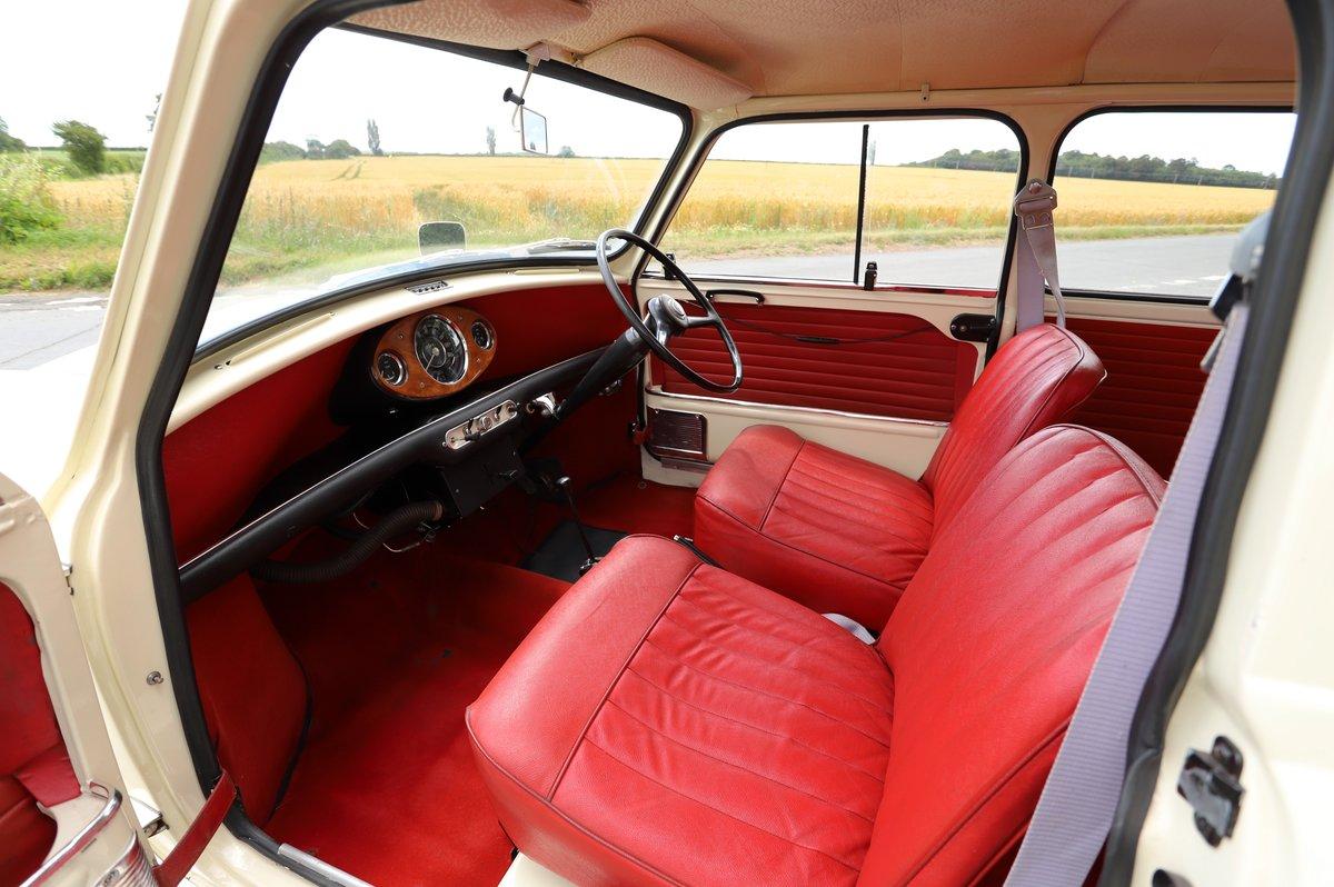 Austin Mini Mk1 Automatic Super De-Luxe, 1965. For Sale (picture 4 of 5)