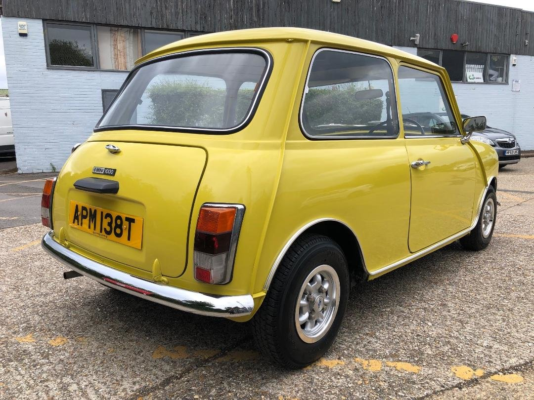 1979 Austin Mini 1275cc. Snapdragon. FSH. Stunning For Sale (picture 2 of 6)