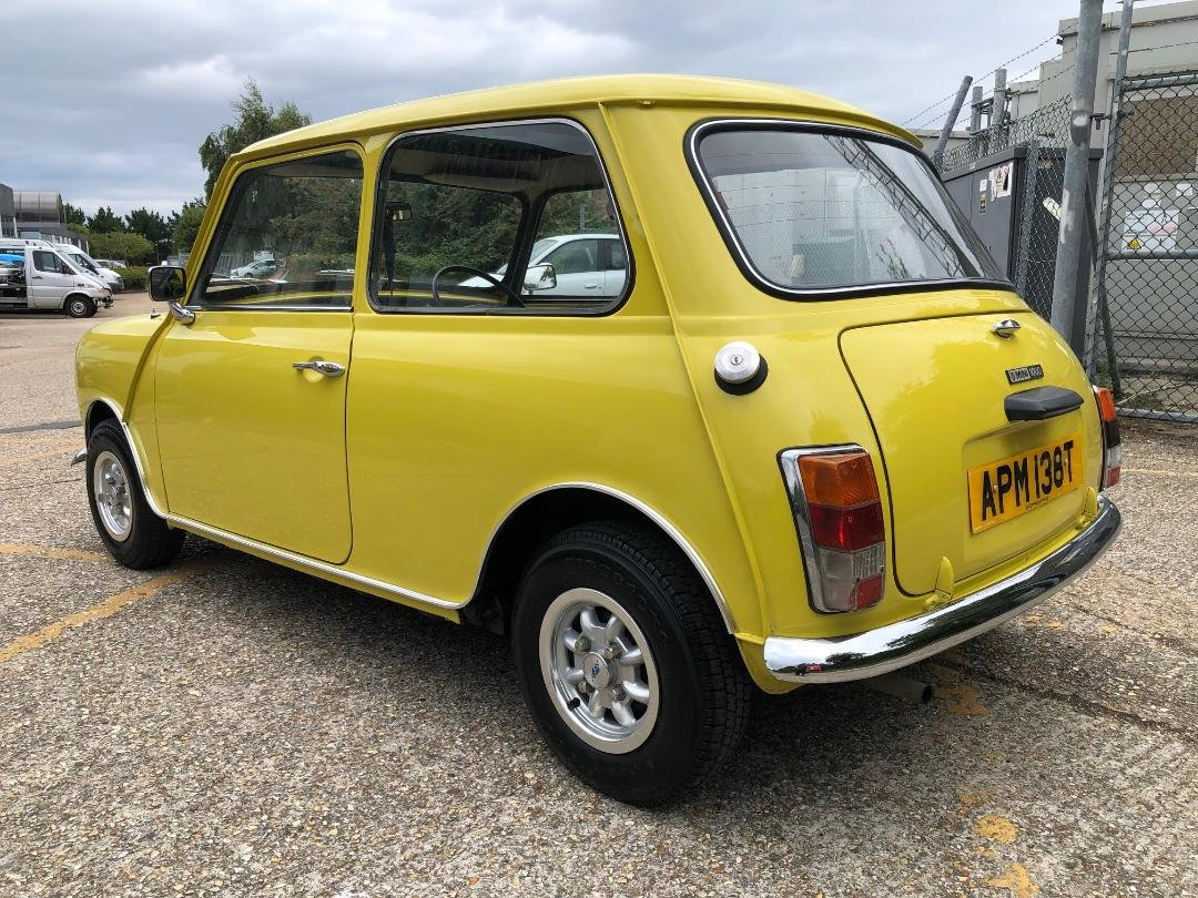1979 Austin Mini 1275cc. Snapdragon. FSH. Stunning For Sale (picture 3 of 6)