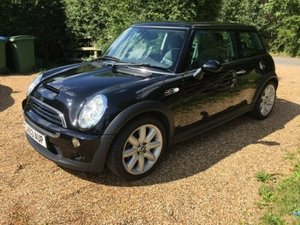 2004 16500 mile Mini Cooper S  , Mint  170 BHP black