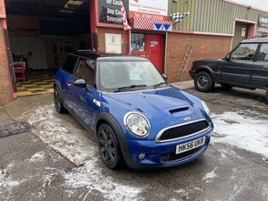 2007 Cooper S Rare Blue Glass Roof Big Specification