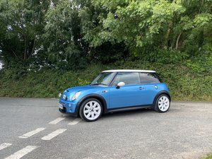 2005 55 MINI COOPER S ELECTRIC BLUE GREAT SPEC CAR STUNNING