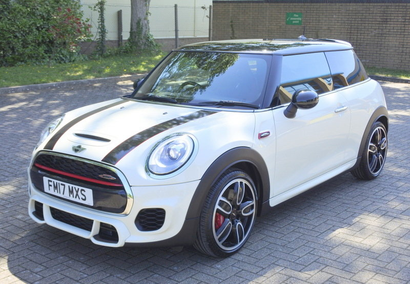 Mini John Cooper Works 2017 - Immaculate For Sale (picture 1 of 6)