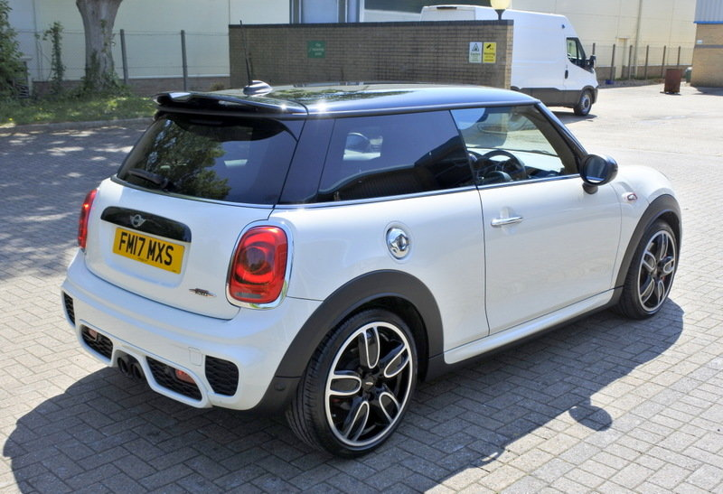 Mini John Cooper Works 2017 - Immaculate For Sale (picture 4 of 6)