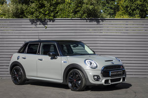Picture of 2017 MINI COOPER S 210 JCW 5DR SOLD