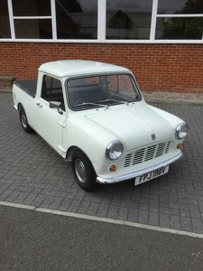 1980 mini pickup very good condition