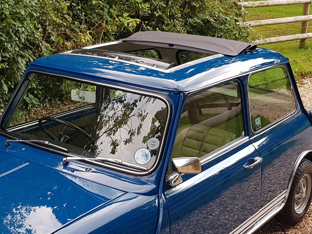 1972 Lovely Austin Mini 1275 GT SOLD (picture 3 of 10)