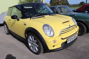2004 MINI COOPER S,Facelift model, Liquid yellow