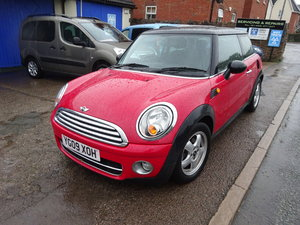 Picture of 2009 DIESEL MINI COPPER 1600cc 6 SPEED MAN REG WITH A BLACK ROOF