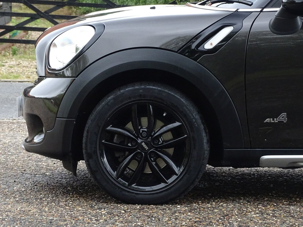 201515 MINI COUNTRYMAN SOLD (picture 6 of 18)